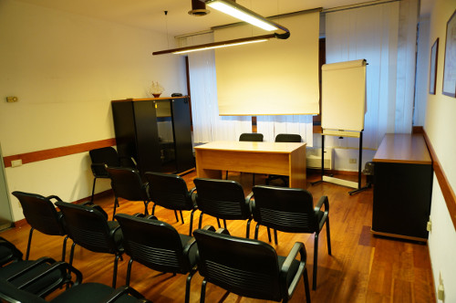 Uffici arredati temporanei palermo marbela hotel residence for Uffici temporanei